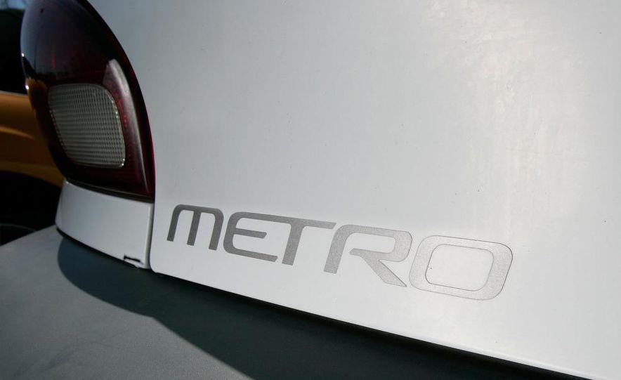 1998 Chevrolet Metro, 2010 Toyota Prius, and 2010 Honda Insight - Slide 65