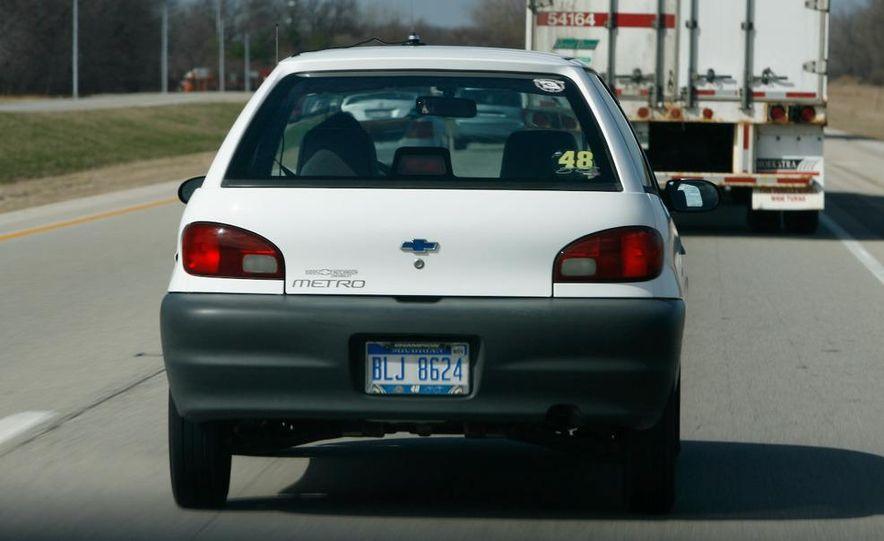1998 Chevrolet Metro, 2010 Toyota Prius, and 2010 Honda Insight - Slide 62