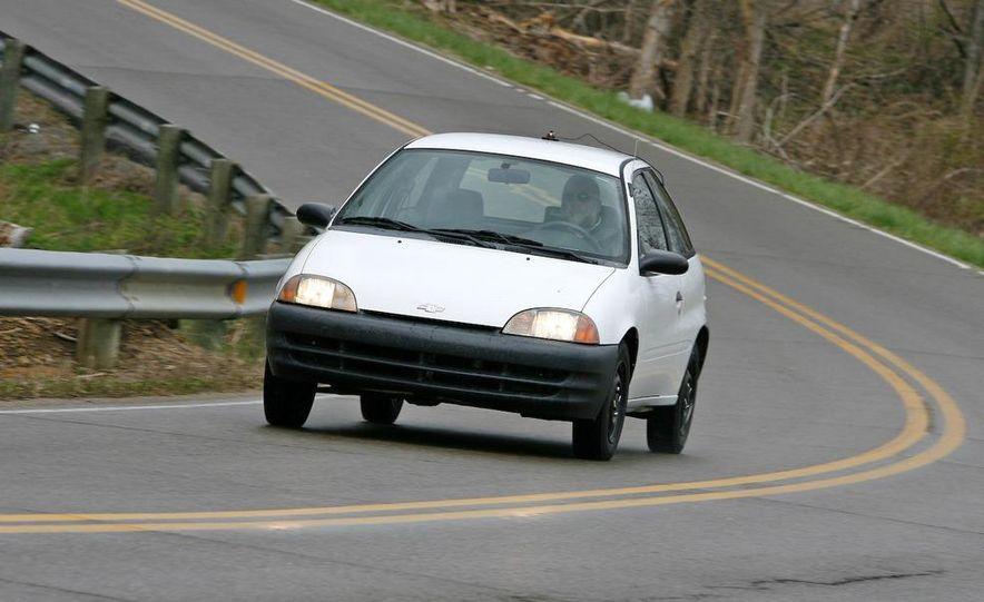 1998 Chevrolet Metro, 2010 Toyota Prius, and 2010 Honda Insight - Slide 57