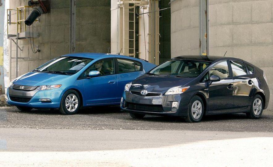 1998 Chevrolet Metro, 2010 Toyota Prius, and 2010 Honda Insight - Slide 16