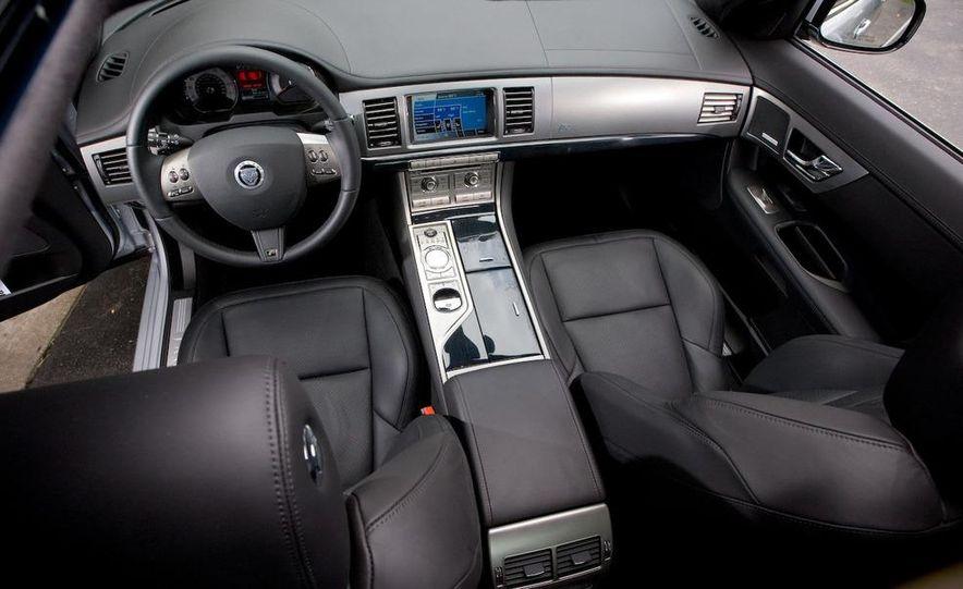 2010 Jaguar XFR - Slide 30