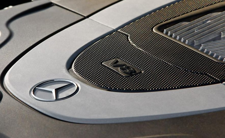 2010 Mercedes-Benz E550 coupe - Slide 36