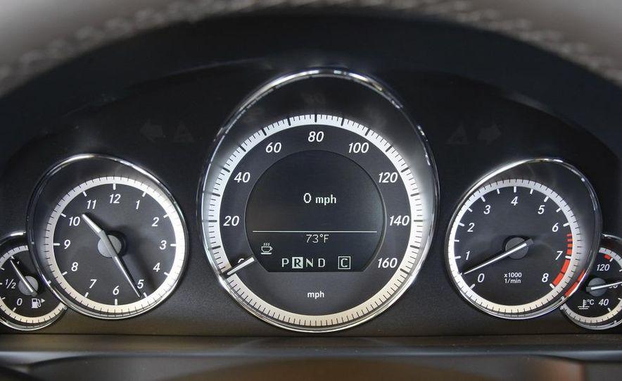 2010 Mercedes-Benz E550 coupe - Slide 47