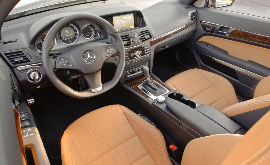 2010 Mercedes-Benz E550 coupe - Slide 35