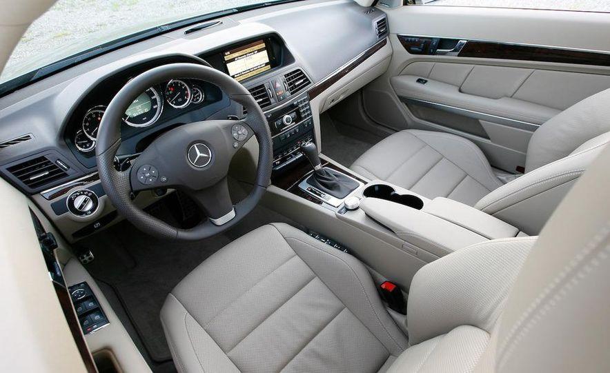 2010 Mercedes-Benz E550 coupe - Slide 42