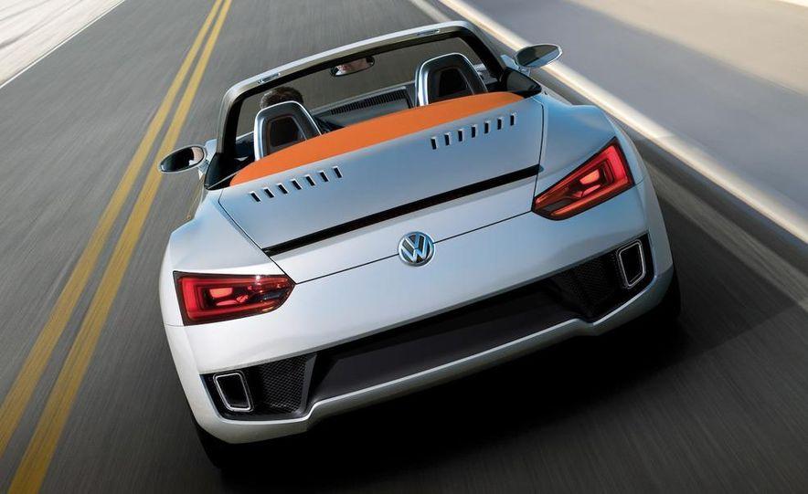 Volkswagen Concept BlueSport - Slide 16