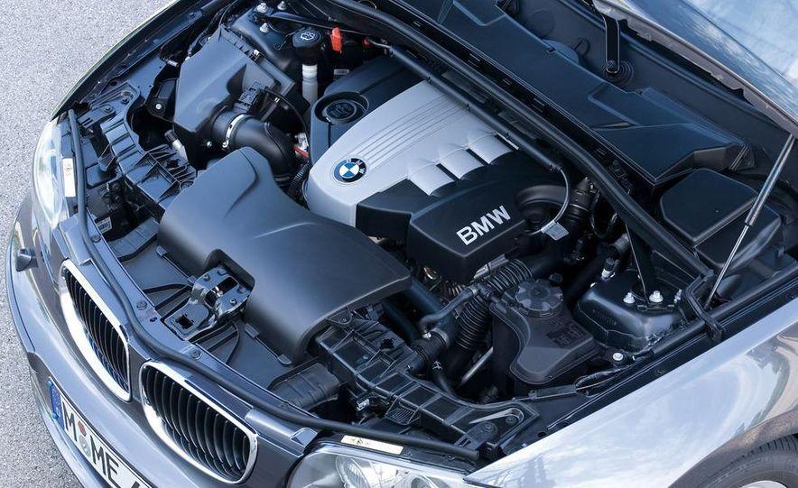 2008 BMW 123d 3-door (Euro spec) - Slide 17