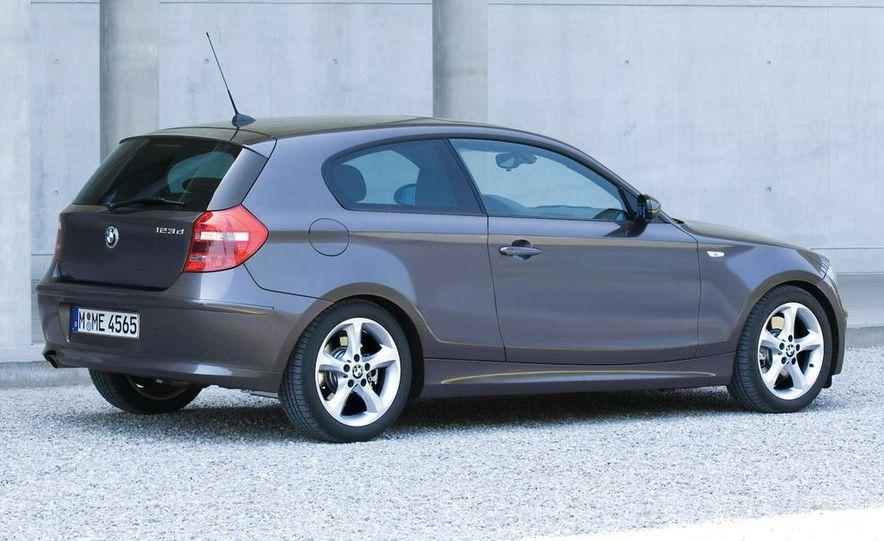 2008 BMW 123d 3-door (Euro spec) - Slide 15