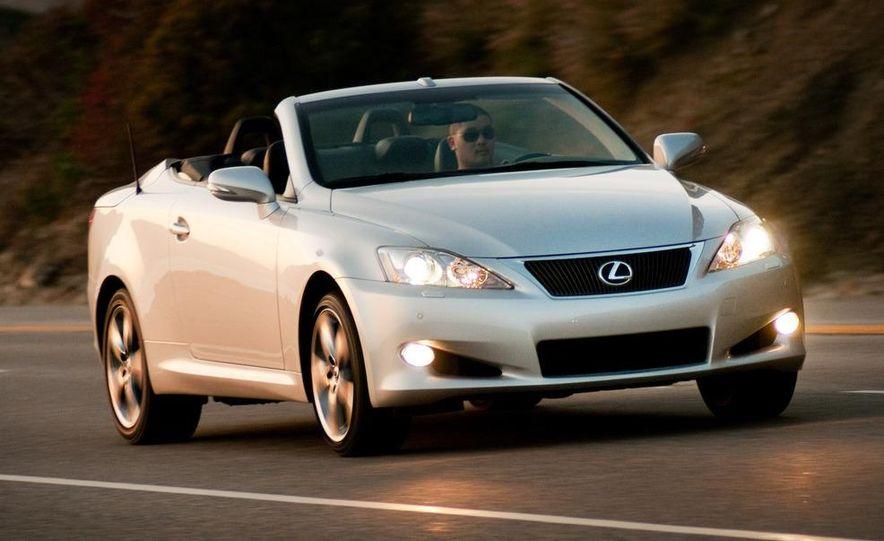 2010 Lexus IS convertible rear seatbelts - Slide 94