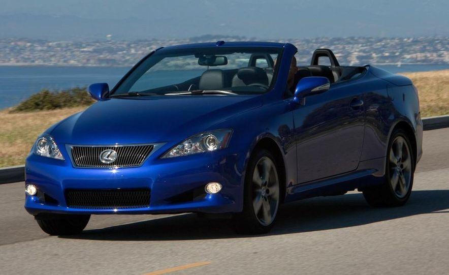 2010 Lexus IS convertible rear seatbelts - Slide 106