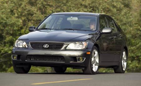 2004 lexus is 300 specs