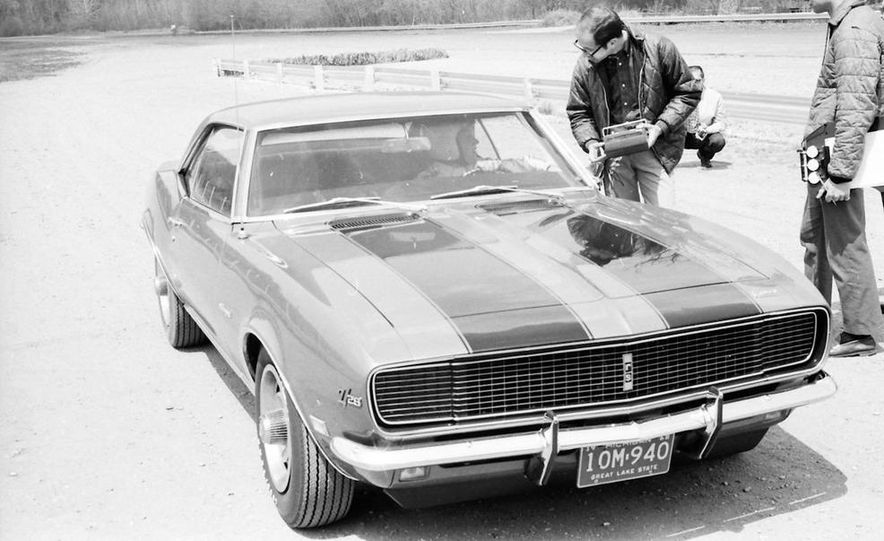 """1968 Chevrolet Camaro Z/28 and """"Tunnel Port"""" Ford Mustang coupe - Slide 53"""