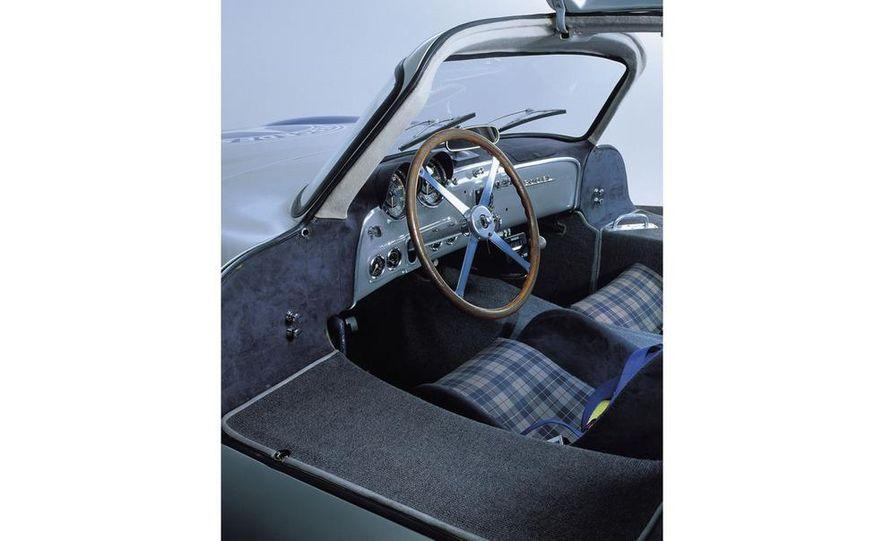 1954–1957 Mercedes-Benz 300SL Coupé - Slide 28