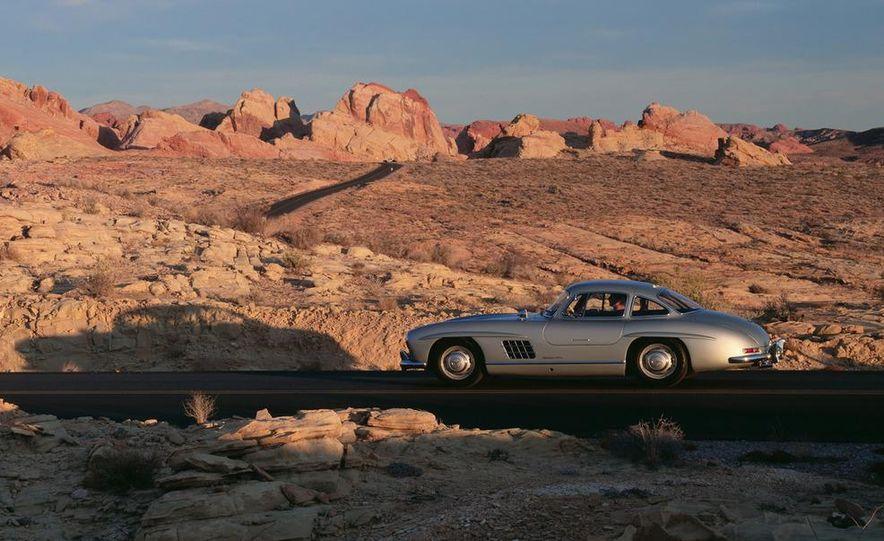 1954–1957 Mercedes-Benz 300SL Coupé - Slide 3