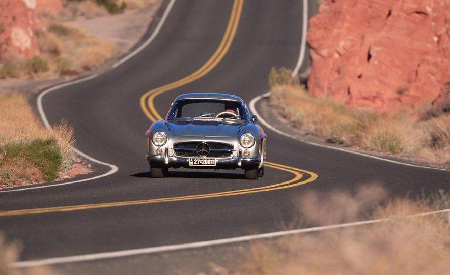 1954–1957 Mercedes-Benz 300SL Coupé - Slide 4
