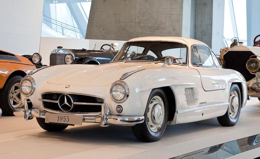 1954–1957 Mercedes-Benz 300SL Coupé - Slide 12