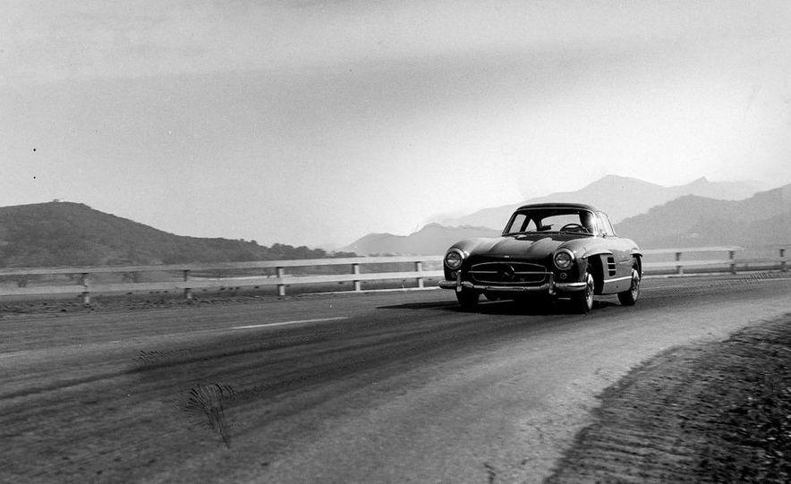 1954–1957 Mercedes-Benz 300SL Coupé - Slide 33