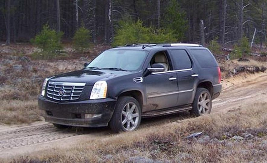 2007 Cadillac Escalade AWD - Slide 3