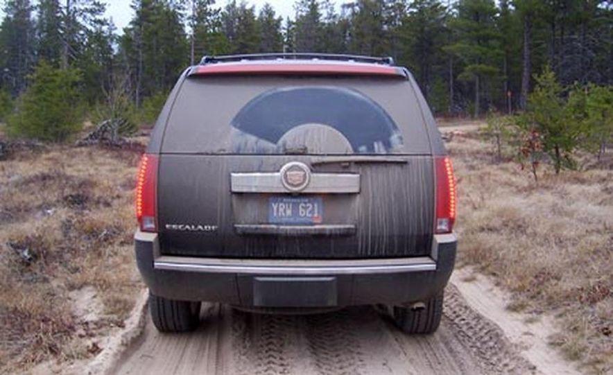 2007 Cadillac Escalade AWD - Slide 5