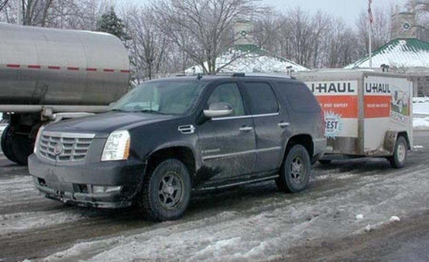 2007 Cadillac Escalade AWD - Slide 9