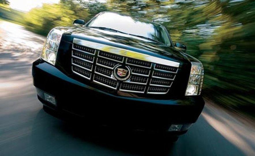 2007 Cadillac Escalade AWD - Slide 16