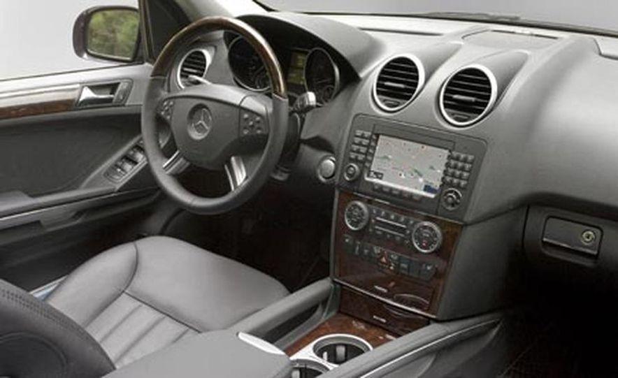 2008 Mercedes-Benz ML550 - Slide 12
