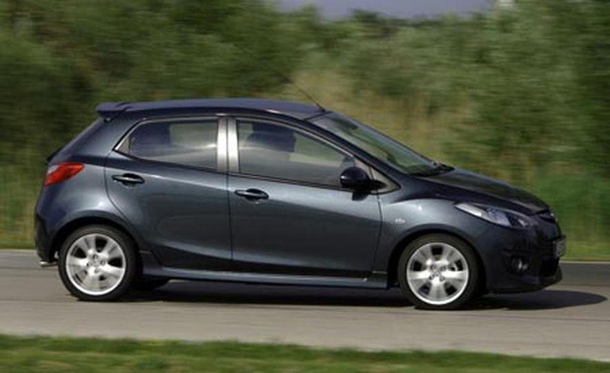 2008 Mazda 2 - Slide 2