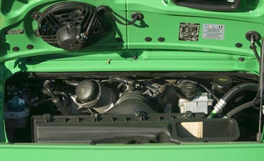 2007 Porsche 911 GT3 RS - Slide 12