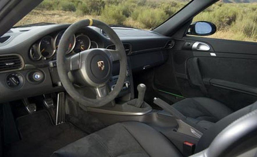 2007 Porsche 911 GT3 RS - Slide 16