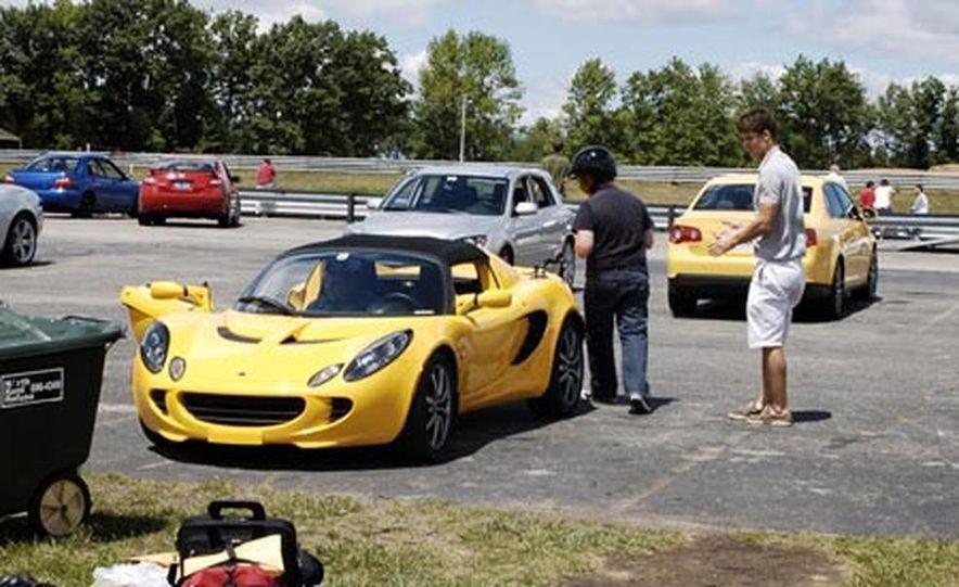 2007 Lotus Elise - Slide 12