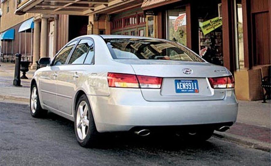 2006 Hyundai Sonata LX - Slide 1