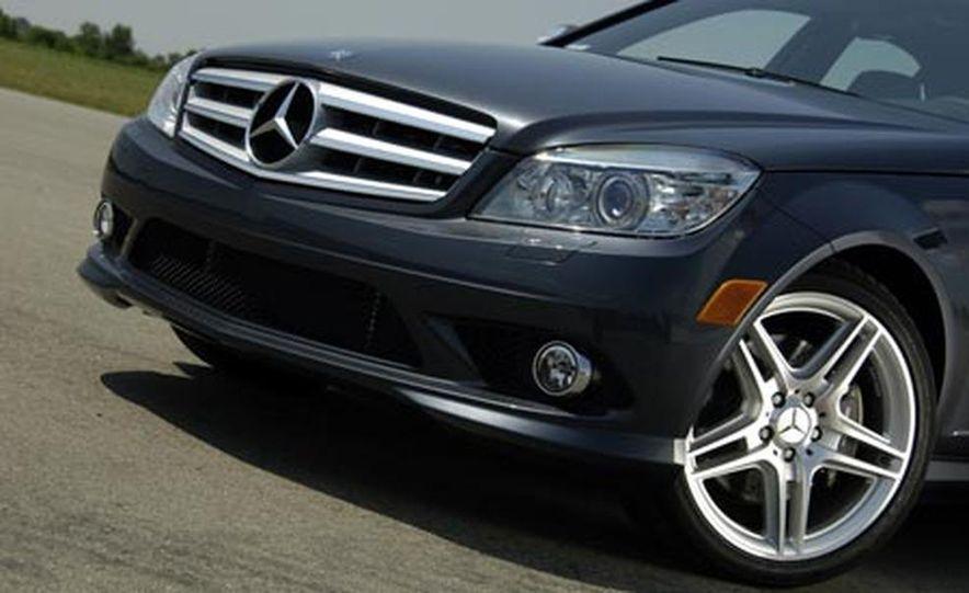 2008 Mercedes-Benz C350 Sport - Slide 2