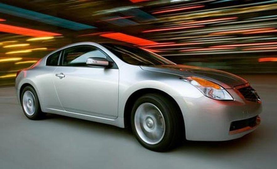 2008 Nissan Altima coupe - Slide 1