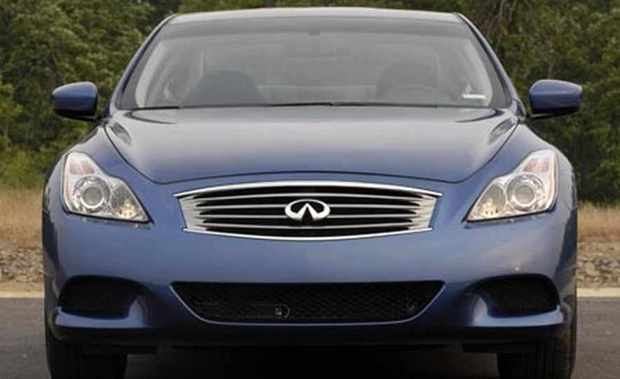 2008 Infiniti G37 Coupe - Slide 10
