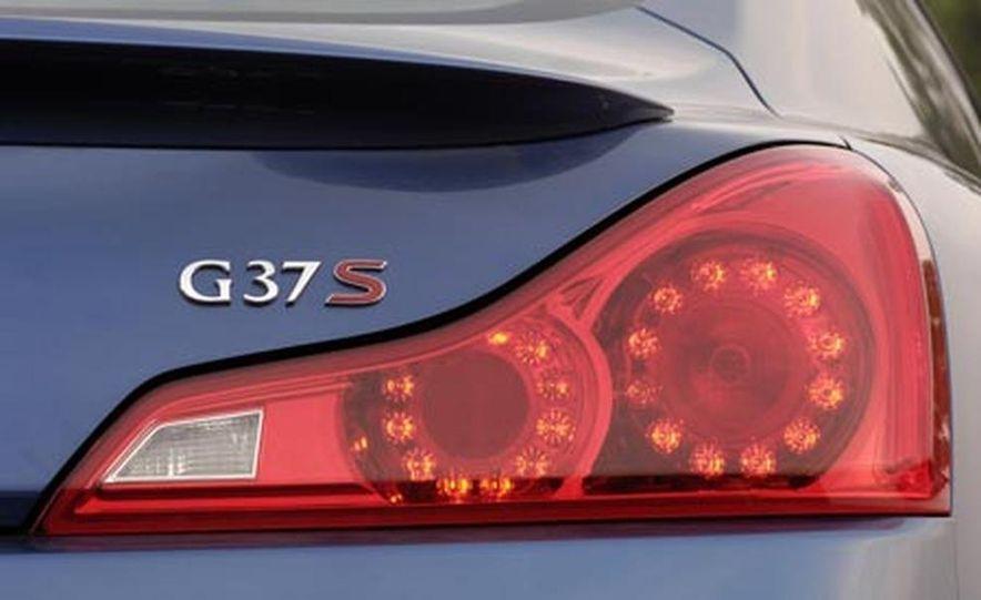 2008 Infiniti G37 Coupe - Slide 17