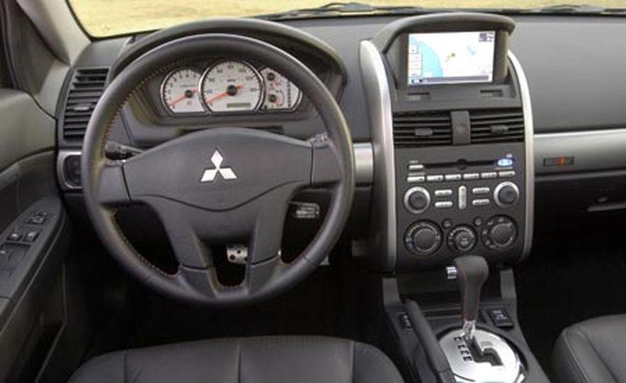 2007 Mitsubishi Galant Ralliart - Slide 10