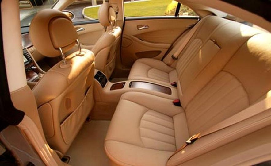 2007 Mercedes-Benz CLS550 - Slide 17