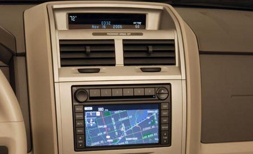 2008 Ford Escape - Slide 9