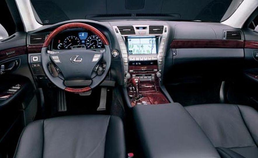 2008 Lexus LS600hL - Slide 13