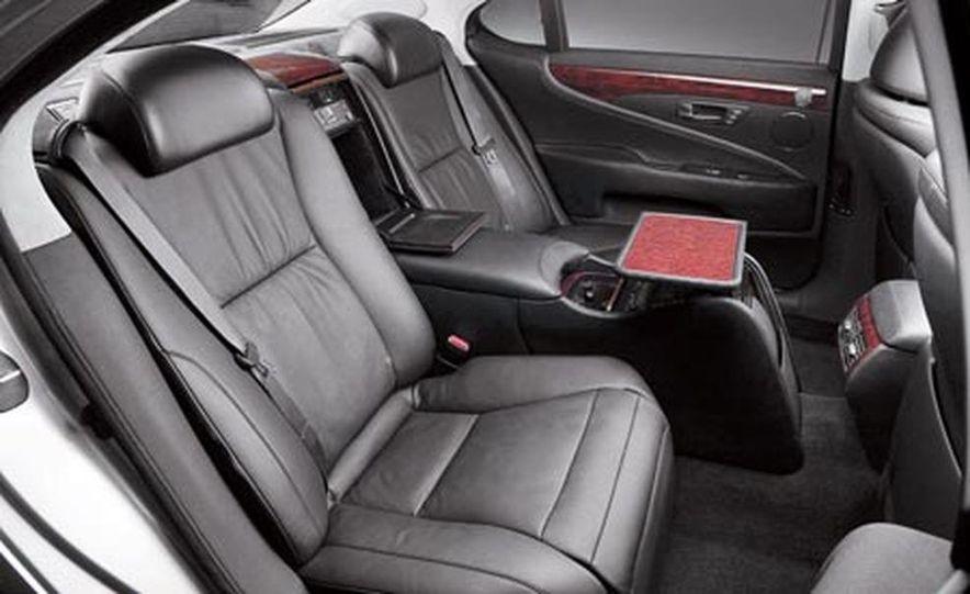 2008 Lexus LS600hL - Slide 14