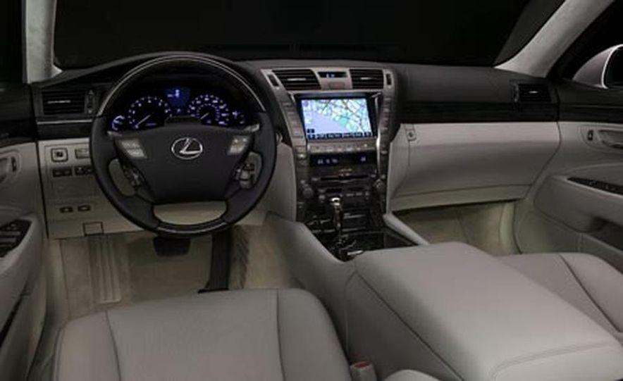 2008 Lexus LS600hL - Slide 15