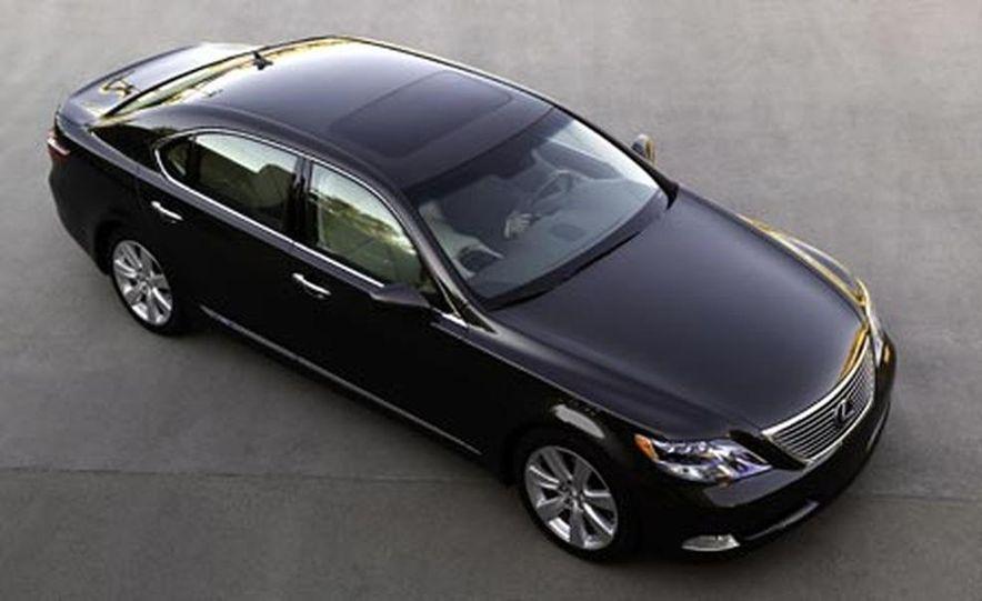 2008 Lexus LS600hL - Slide 8