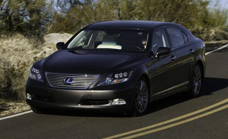 2008 Lexus LS600hL - Slide 9