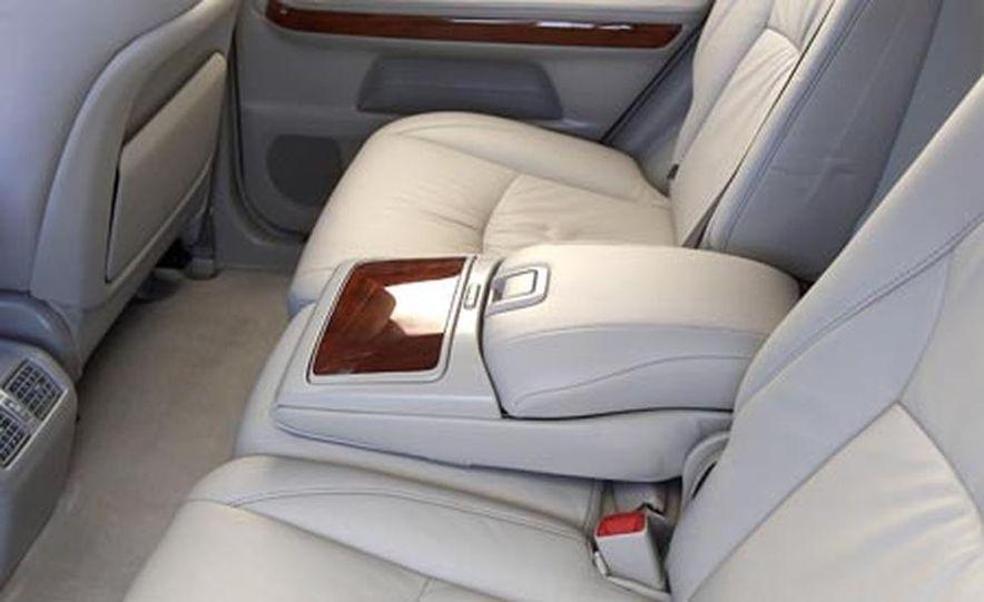 Lexus RX400h AWD - Slide 15