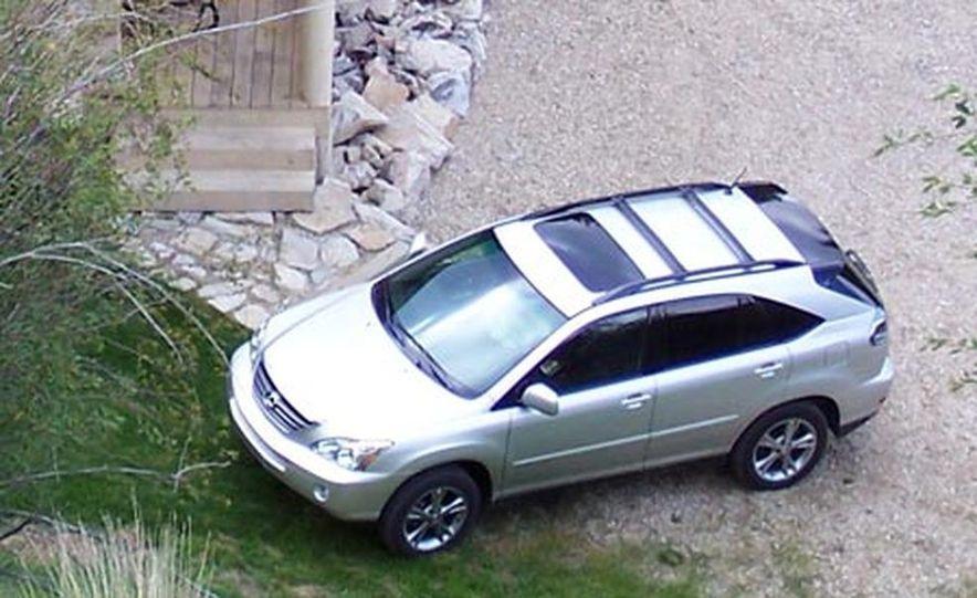Lexus RX400h AWD - Slide 1