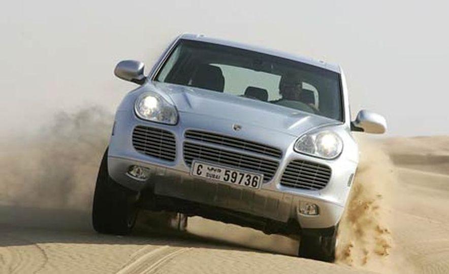 2006 Porsche Cayenne Turbo S - Slide 9
