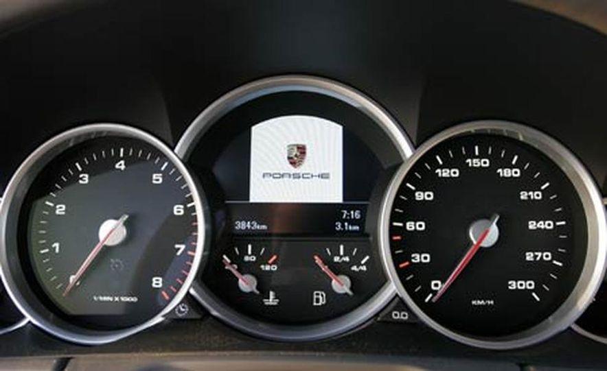 2006 Porsche Cayenne Turbo S - Slide 17