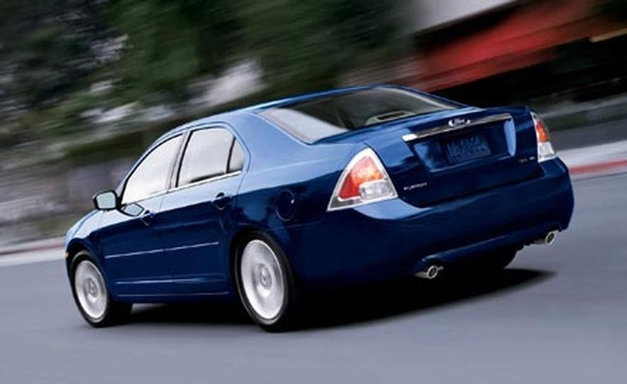 2007 Ford Fusion SEL - Slide 8
