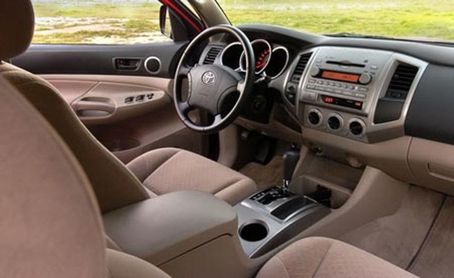 Toyota Tacoma Double Cab 4x4 V6 Long Bed - Slide 15