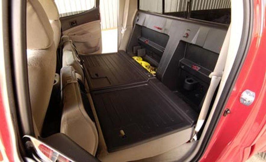 Toyota Tacoma Double Cab 4x4 V6 Long Bed - Slide 18